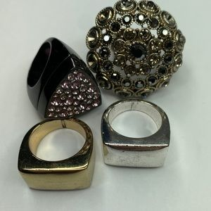 Set of four costume rings